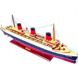 TSS Normandie Cruise Ship Model C003: Home & Kitchen