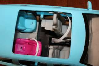 Barbie Happy Family Volvo blue car SUV w/sound, all car seats VGC