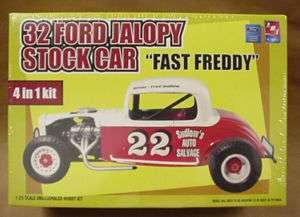 32 FORD JALOPY STOCK CAR AMT plastic model kit 4 in 1