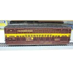 AHM HO Scale Milwaukee Road 50 Stock Car #26349 Toys