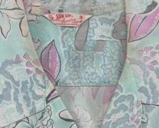 HAWAIIAN Shirt by SUN SURF 100% Rayon Permanent Press Large
