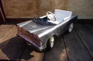 MINT 1950s POLISHED TRI ANG PEDAL CAR..