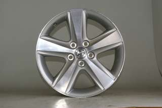 USED 17 TOYOTA CAMRY MACHINED FACTORY WHEEL #69566