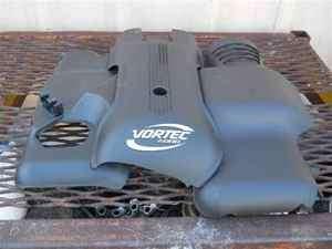 03 Escalade Vortec 6000 6.0 Engine Cover NICE OEM LKQ