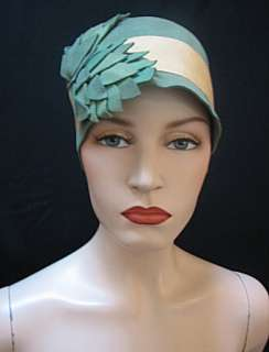 VINTAGE AUTHENTIC CLOCHE, FLAPPER HAT, DEPRESSION ERA, GREEN & YELLOW