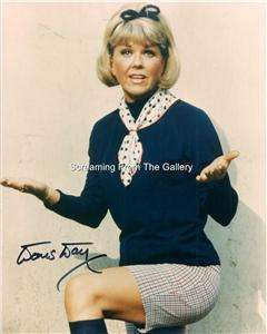 Doris Day Hand Signed 8 x10 Autographed Classic Hollywood
