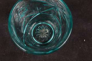 EMERALD GREEN GLASS COVERED CANDY JAR BONBON LEAF PATTERN VGC