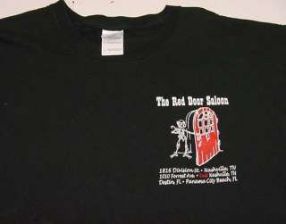 THE RED DOOR SALOON BAR Beware of Pickpockets and Loose Women T SHIRT