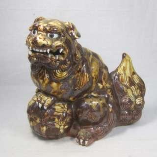 F744 RARE Japanese old HIRADO porcelain ware Foo dog statue.