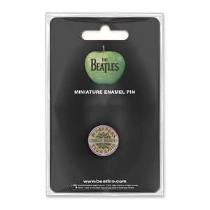 Beatles Mini Pin Badge   Sgt Pepper Logo Musical Instruments
