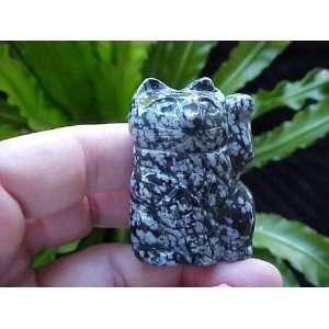 Gemqz Snowflake Obsidian Lucky Cat Left Paw