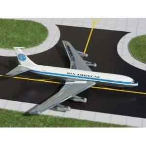 Gemini Jets Pan American Cargo B707 320BC Model Airplane