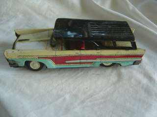 vtg TIN FRICTION TOY STATION WAGON CAR JAPAN
