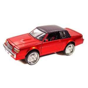 1987 Buick Regal 1/24 Donk Box and Bubble Red Toys & Games
