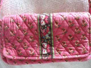 VERA BRADLEY PINK W FLWR & BUTTERFLY DESIGN QUILTED BAG