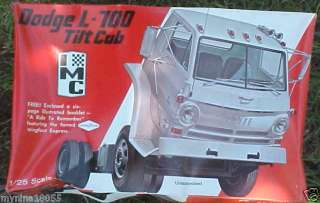 IMC 1/25TH Dodge L 700 Tilt Cab Unused FREE 6 PAGE BOOK