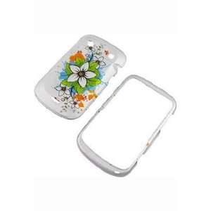 BlackBerry Bold 9900/9930 Graphic Rubberized Shield Hard Case   White