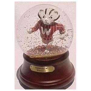 Wisconsin Badgers La Mascot Musical Snow Globe